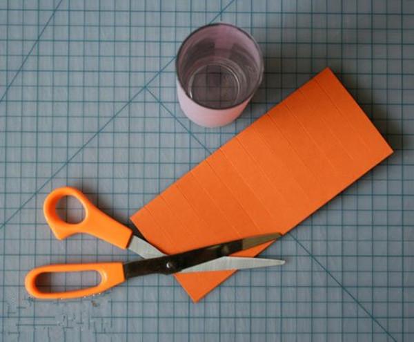 家居diy:元宵节手工剪纸纸灯笼制作
