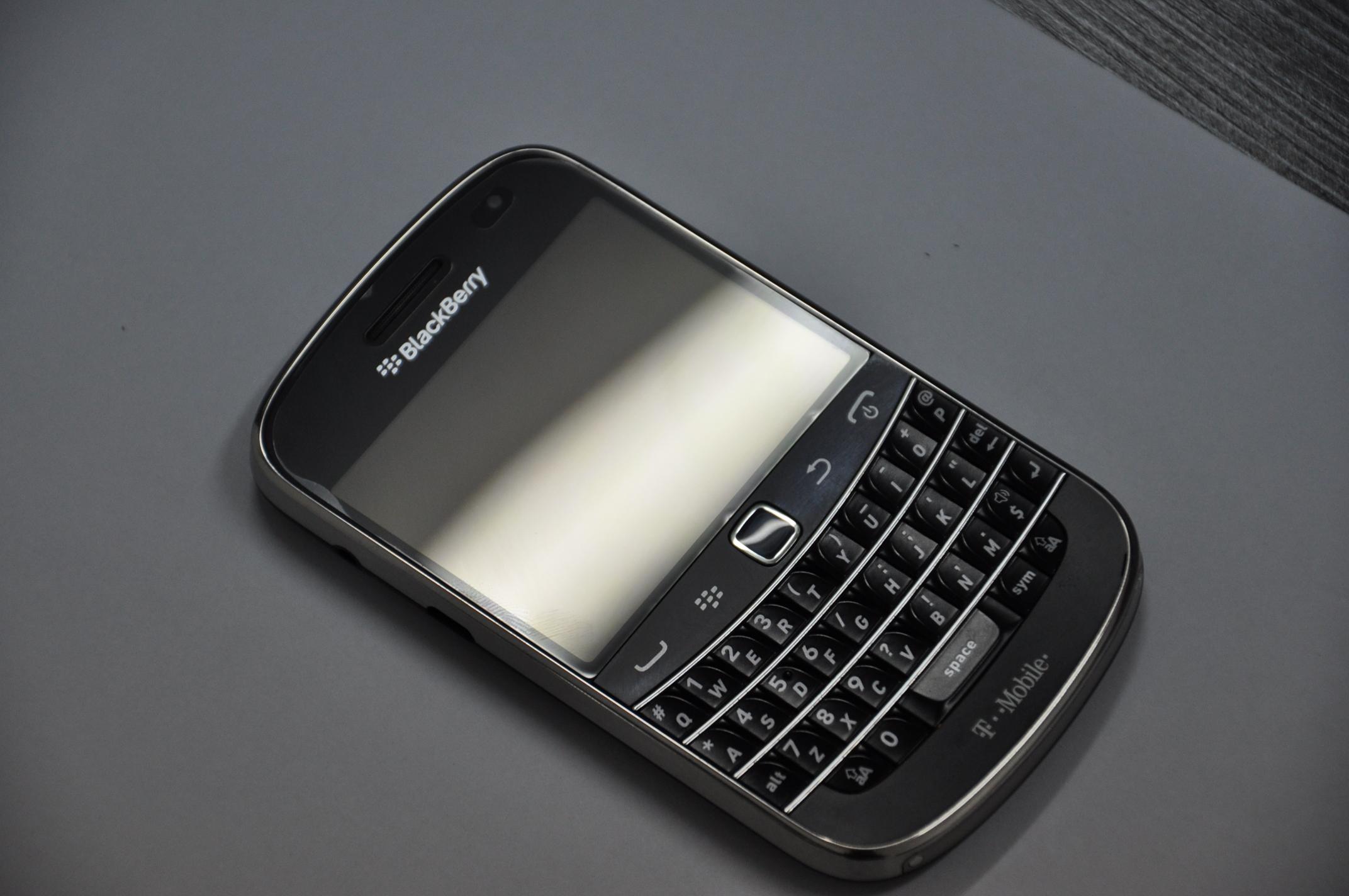 黑莓9900怎么样 黑莓9900多少钱