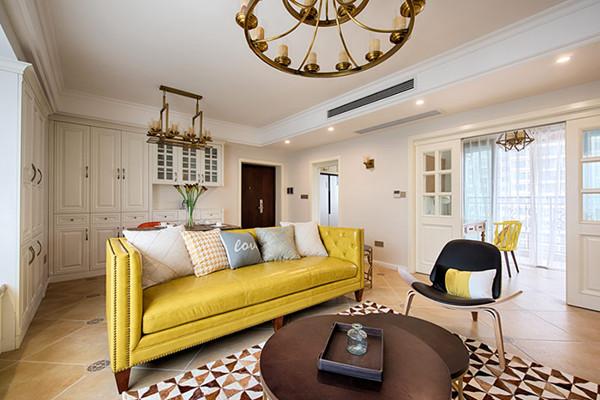 98平米美式风格装修效果图 暖色调的高端质感