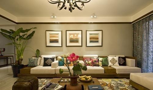 家庭植物摆放风水效果图   一、家居植物摆放风水   1、卧室植物摆放   选用神仙掌、神仙球、吊兰、玫瑰、郁金香、晚香王,百合、冯蹄莲,达到宁静、宁祥、温顺之效果。在香花下夫妇和美,儿童宁静,易入睡而休息很好。   2、客厅植物摆放   客厅要讲究一些,可选用品种为富贵竹、蓬莱松、神仙掌、罗汉松、七叶莲、棕竹,发财树、正人兰、球兰、兰花、仙客来、柑桔、巢蕨、龙血树等,这些植物在风水学中吉祥之物,可吉利如意,聚财发福。   3、书房植物摆放   书房要布满书香之气,植物要放在主人的文昌位。可选用山竹