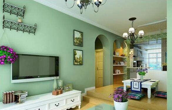 在搬进新房子之前,我们都会想对房子全面装修一番,墙面刷上漂亮的涂料,打造出温馨舒适的生活环境。但是随着居住的年份越来越长,新房子变成了旧房子,以前做过的装修也渐渐褪色。为了让家居保持舒适的环境,墙面上哪些污渍和痕迹都应该去掉。墙面翻新的步骤是怎样的,在翻新过程中要注意些什么?