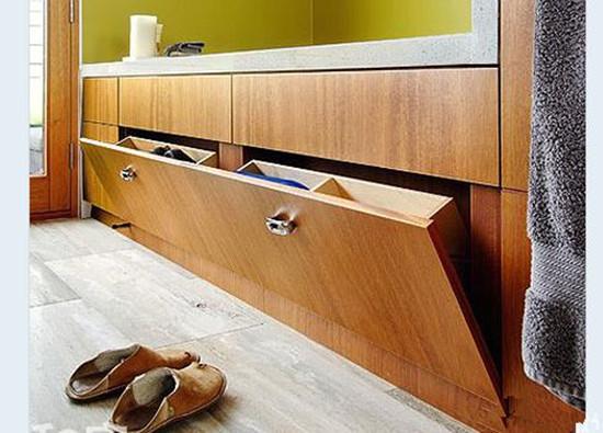 卫生间收纳方法七:墙面空间的妙用