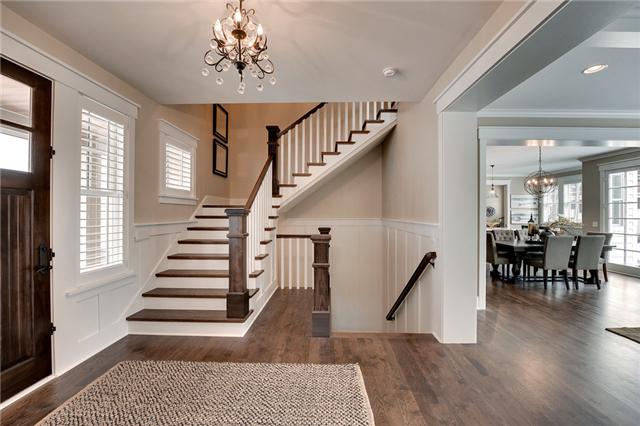 客厅楼梯设计_楼梯在客厅怎样设计_装修保障网