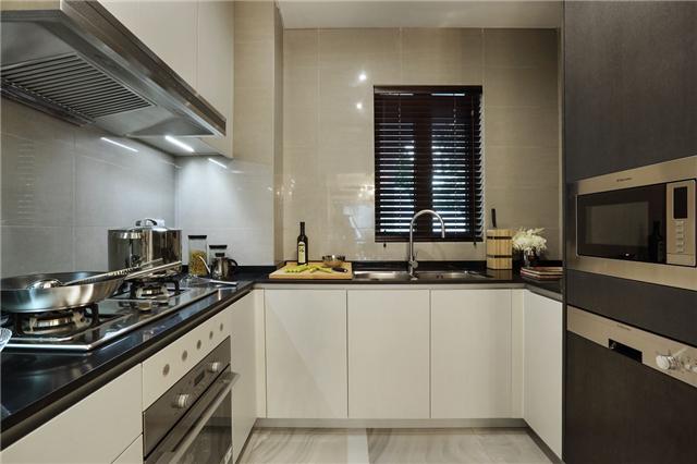 新中式厨房小砖