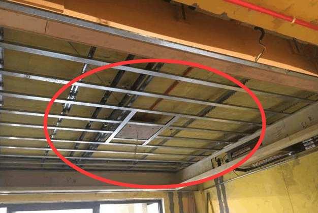 家庭装修吊顶龙骨用木材还是轻钢好?