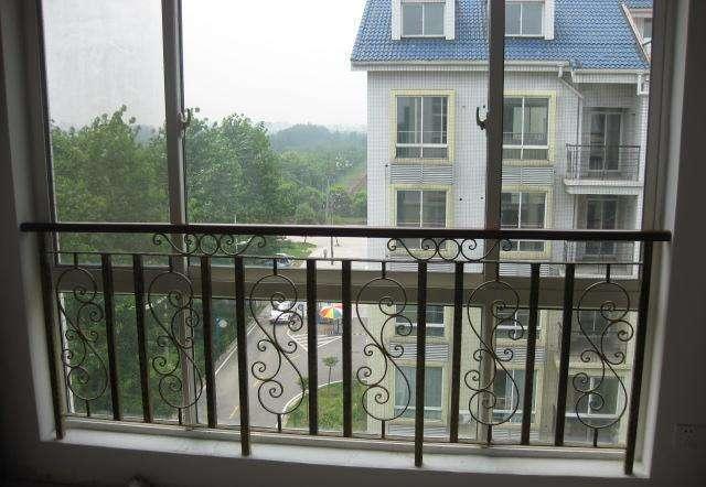 飘窗护栏安装方法 飘窗护栏安装注意事项