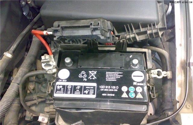 很多有车的朋友,相信对汽车电瓶并不陌生,其实就是蓄电池,通过将电池内的化学能转换电能,通过释放出的电能来启动车内的相关装置。那么汽车电瓶什么牌子好呢?汽车电瓶没电怎么办?    汽车电瓶什么牌子好?理士电池   深圳理士国际技术有限公司,蓄电池十大品牌,国际化新型高科技上市企业,广东省着名商标,广东省优秀民营企业,中国出口着名品牌,电池行业影响力品牌,高新技术企业中国领先的铅酸蓄电池制造商及最大的铅酸蓄电池出口商。   企业与国外著名电池公司进行了多项技术协作,引进国内外先进设备和仪器,拥有多项国家