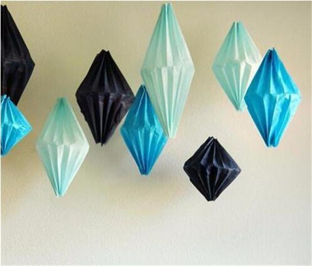 创意花灯制作——菱形手工灯笼     1,手工灯笼制作方法第一步