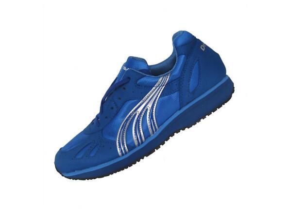多威跑鞋_多威跑鞋价格怎么样?