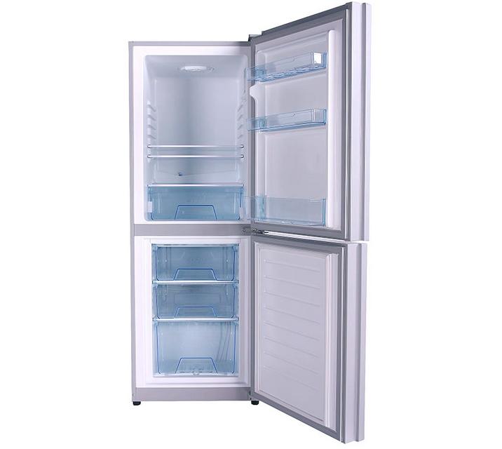 华凌冰箱怎么样   华凌冰箱内销以华南为重,尤其在品牌集中、竞争最为激烈的广东市场,华凌冰箱与空调素有口碑,拥有众多的忠诚用户。2004年《中国消费者报》对空调产品售后服务状况的调查显示,在10个主流品牌中,华凌空调产品独得二次购买率最高、平均使用时间最长与平均故障发生率最低三项殊荣,进一步巩固其在行业内高品质电器的美誉。   目前,华凌冰箱年生产能力为200万台,一条生产线可同时生产多种型号产品,是国内屈指可数的专业化、规模化、自动化水平最高的电冰箱生产基地之一。华凌无霜冰箱的出口居全