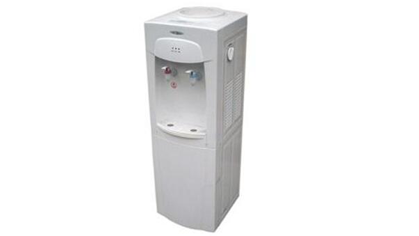 一,饮水机电源指示灯不亮,不加热也不制冷.