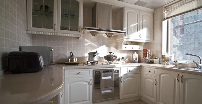 9款欧式厨房装修效果图 居然可以这么温馨!