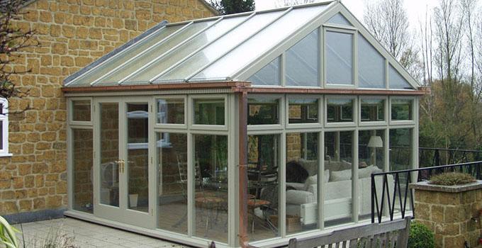 阳光房屋面防水基该方法,归纳起来有两种:      一,利用