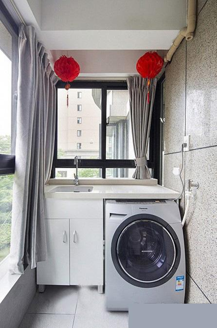 阳台大赛成洗衣房的装修设计案例及效果图方案广告设计创意改造图片