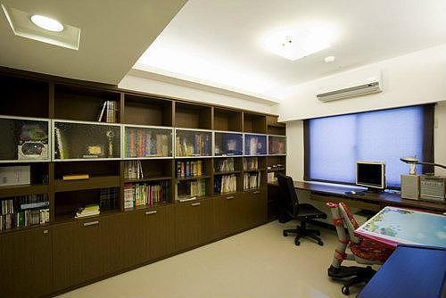 5款书房装修 读万卷书行万里路