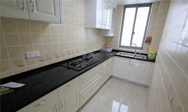 厨房地砖尺寸规格介绍 厨房地面铺什么砖好