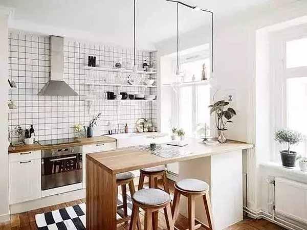 家庭装修小吧台 既有情调还能兼隔断饭桌
