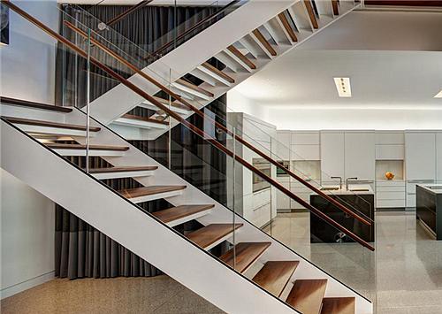 楼梯底下隔断设计图