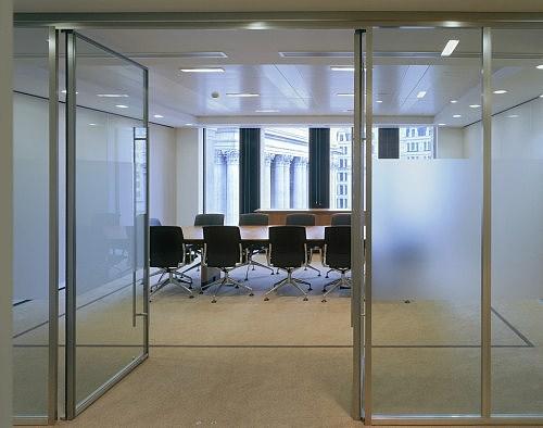 玻璃门价格是多少 玻璃门种类有哪些