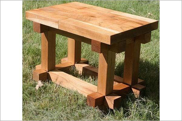 如何手工DIY实木书桌 自制实木桌椅的教程