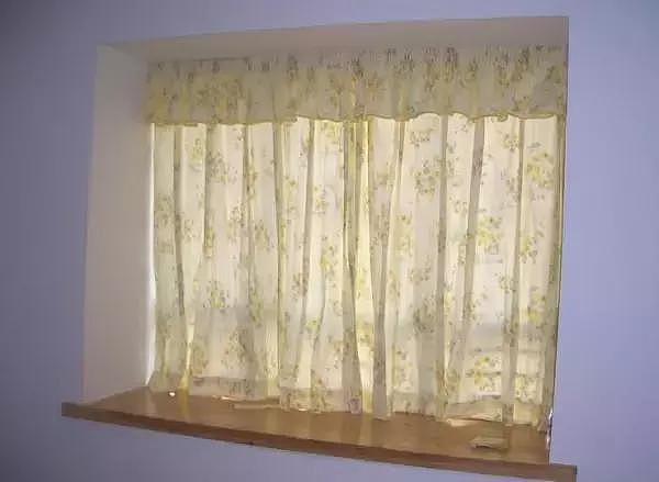 涤纶窗帘好吗 对比窗帘5种材质告诉你答案