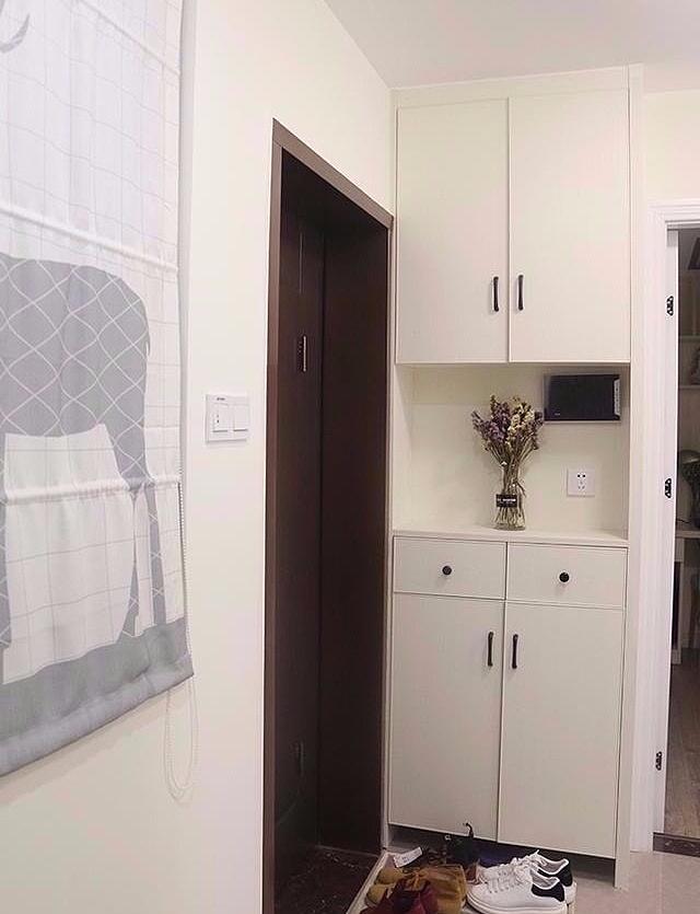 90平浅色现代简约新房 宽敞明亮好清洁