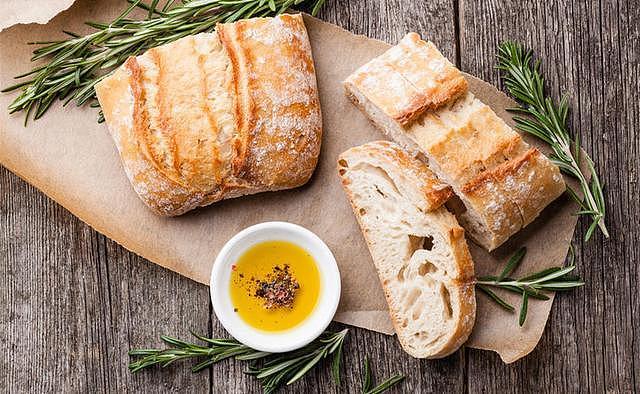 面包机内胆越厚越好?手把手教你选面包机