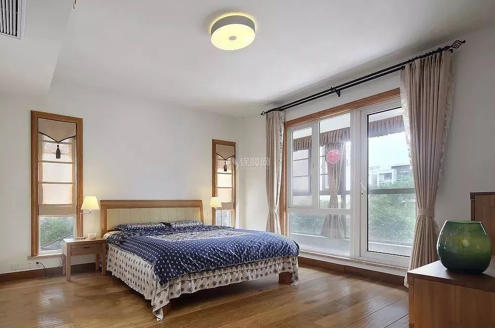 带阳台的卧室怎么装修 多款装修效果图