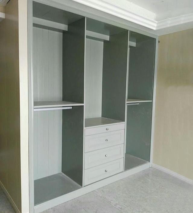 衣柜定制使用什么材料好 生态板和颗粒板那个比较好