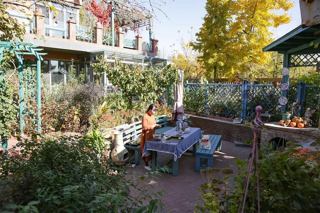 10年打造700平绝美花园 回归家庭享受自然