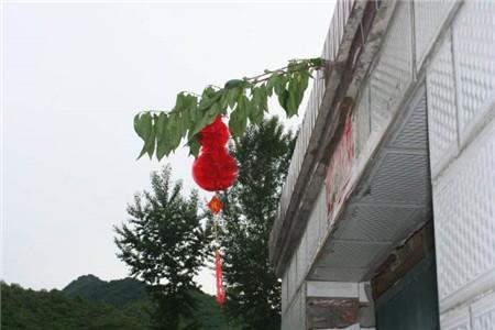 农村大门口挂灯笼有什么风水禁忌
