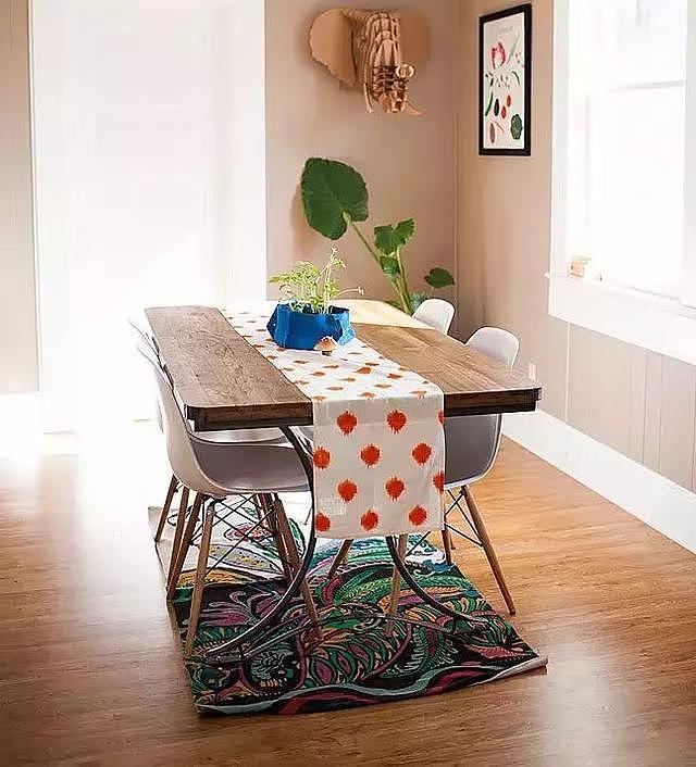 桌旗的讲究 教你桌布桌旗搭配技巧