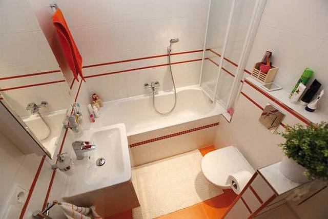 小卫生间怎么放浴缸 这些装修实例告诉你