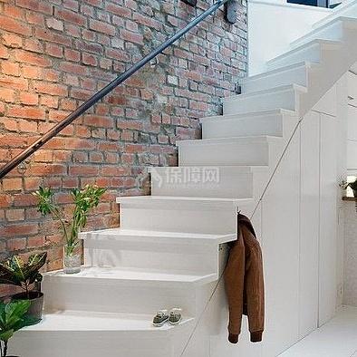 谁知道下跃层楼梯如何装修?小跃层楼梯该如何划分?图片