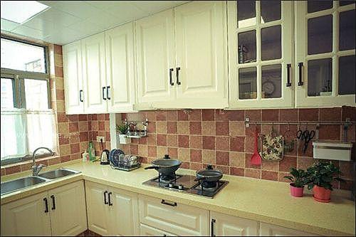 简单厨房装修 时尚大方厨房装修