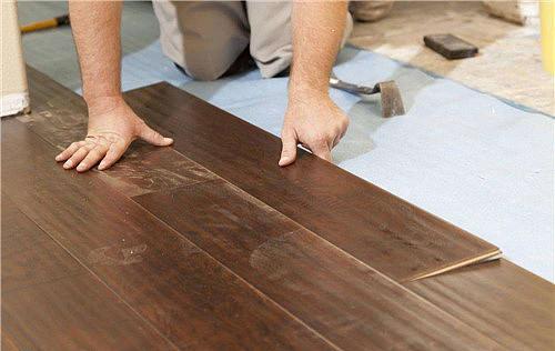 木地板贴法有几种 铺实木地板要注意什么