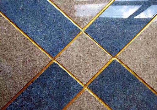 地板砖缝隙用什么填充 瓷砖细缝如何处理更美观
