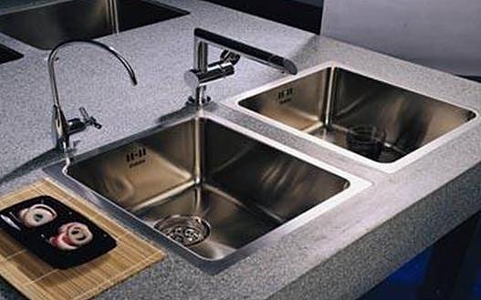 橱柜水槽保养方法 如何辨别水槽优劣