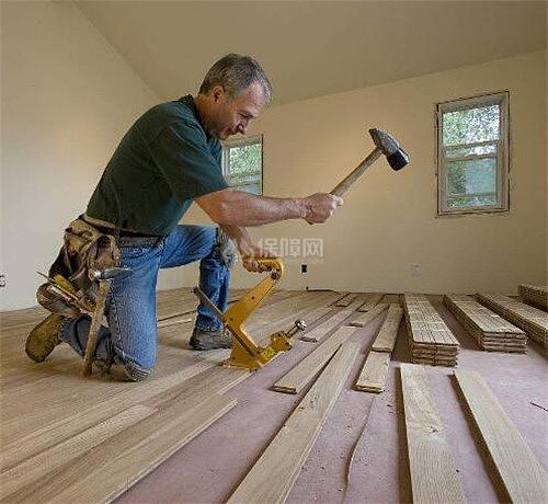 想要在瓷砖上直接铺地板 这些事情你必须知道!