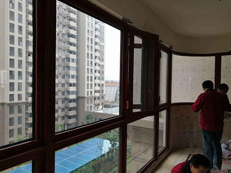 安装阳台门窗的步骤 安装阳台门窗的注意事项