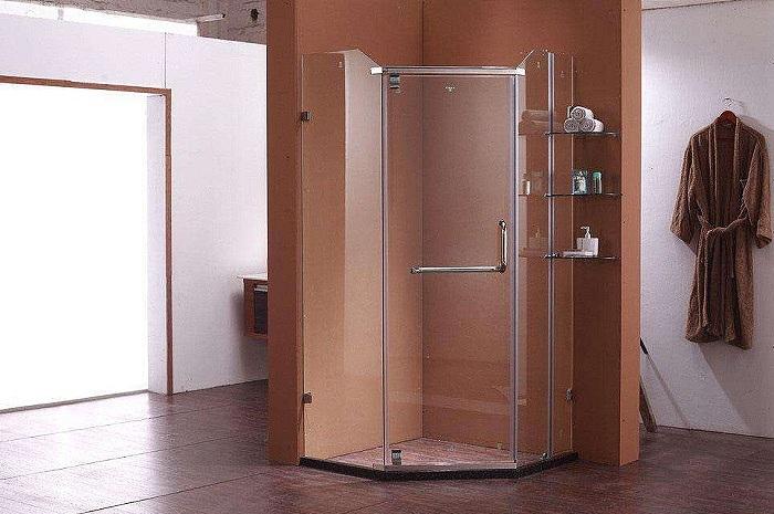 钻石型淋浴房和弧形淋浴房哪种好 优缺点来对比