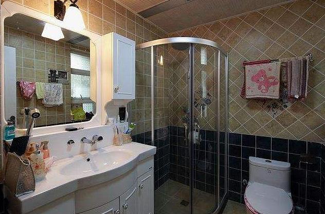 卫生间灯具怎么选 防水安全要重视