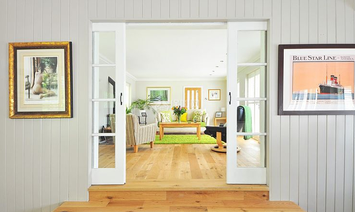 室内装修到底要先装门还是先装地板?