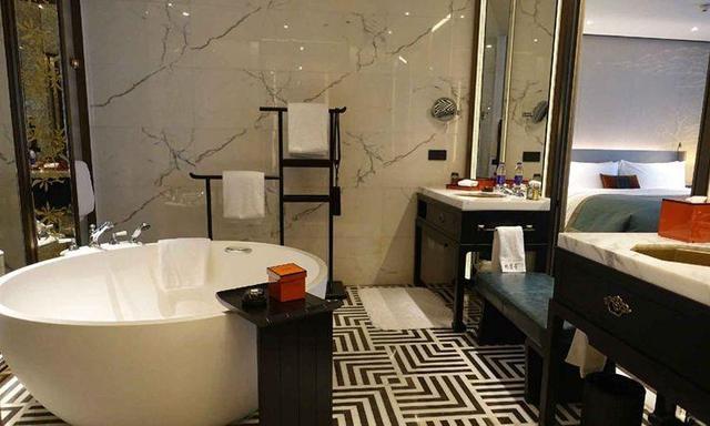 镜子在家装中的3大功能 让空间大一倍
