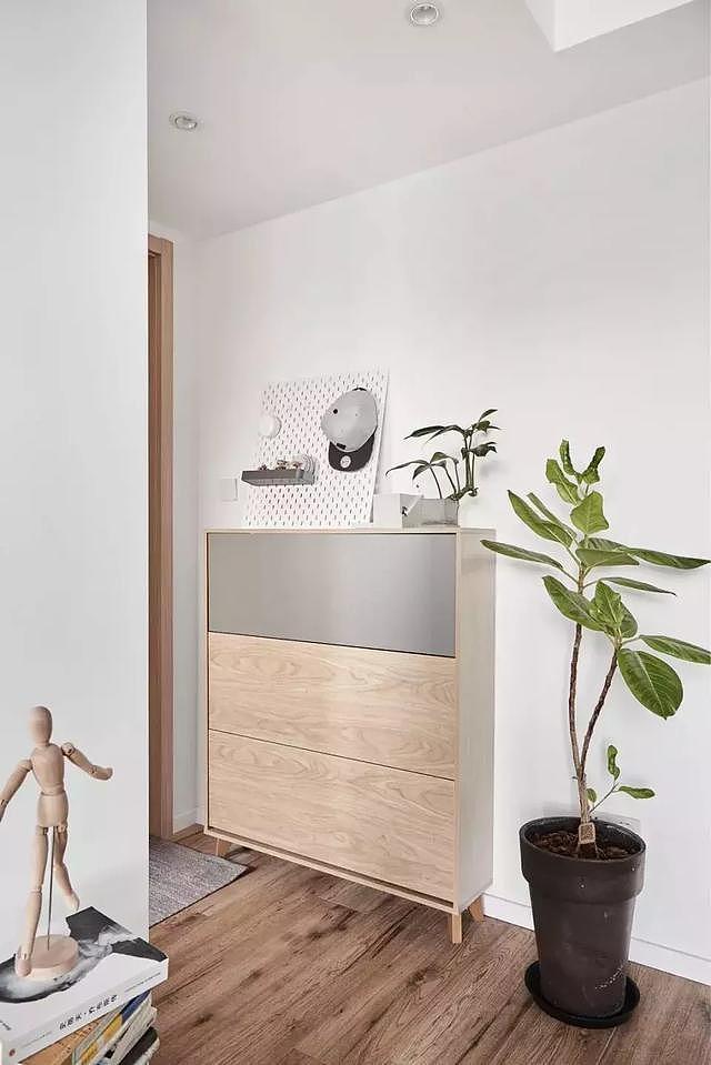新房98㎡三居室装修 客厅飘窗设计的非常美观