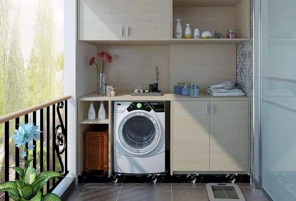 洗衣机摆在家里哪个位置好 放阳台好还是卫生间好