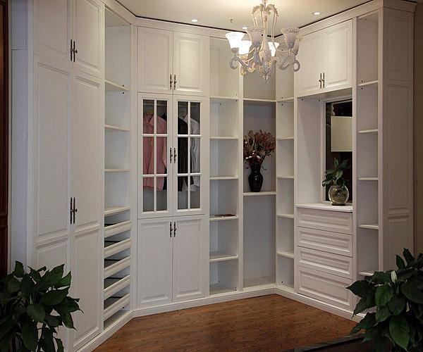 衣柜什么牌子比较好 欧派和索菲亚衣柜哪个好