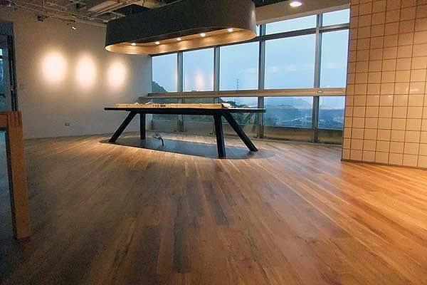 实木复合地板和强化复合地板哪个好 有什么区别