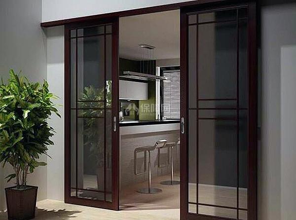 厨房开个后门可以吗