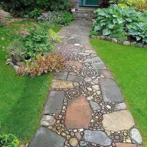 庭院地面铺什么好 选个匹配的才能打动自己